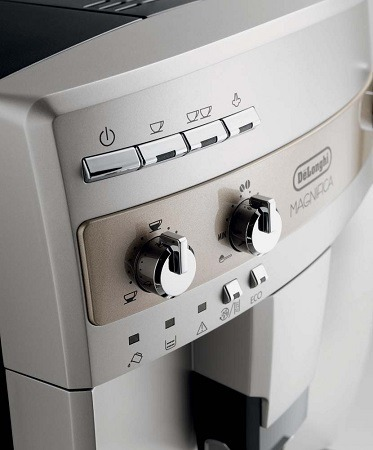 DeLonghi ESAM3300 Espresso Coffee Machine